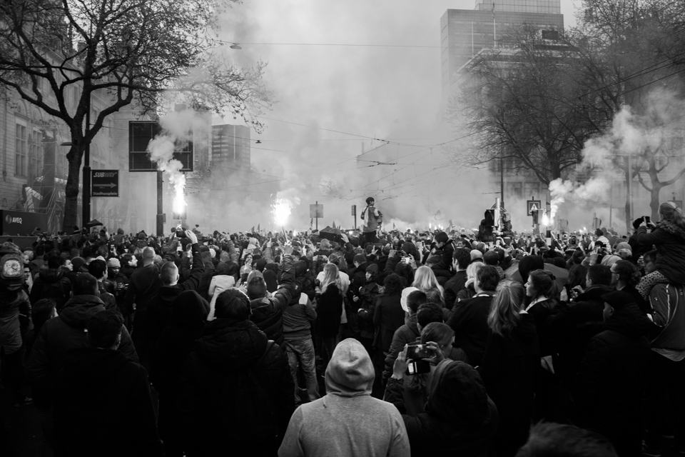 ©zw010-00015 Feyenoord Rotterdam zwart wit foto coolsingel beker
