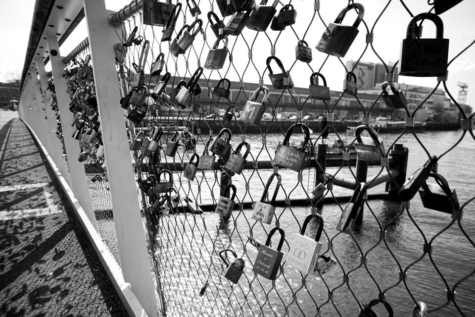 @ZW010 -00475 Rijnhavenbrug Rotterdam zwart wit foto Rotterdam