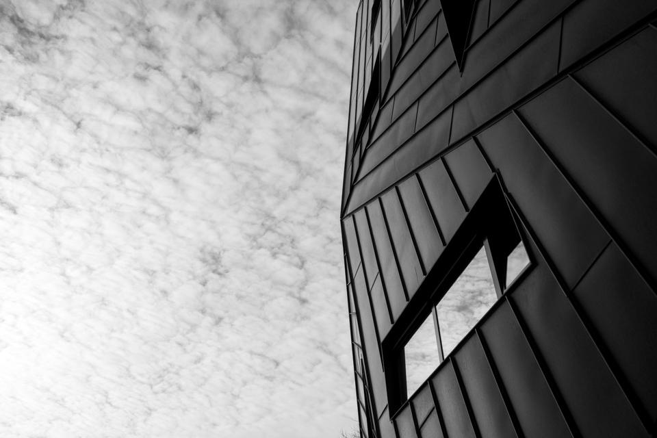 @ZW010 -1998 - Pauluskerk zwart wit foto Rotterdam