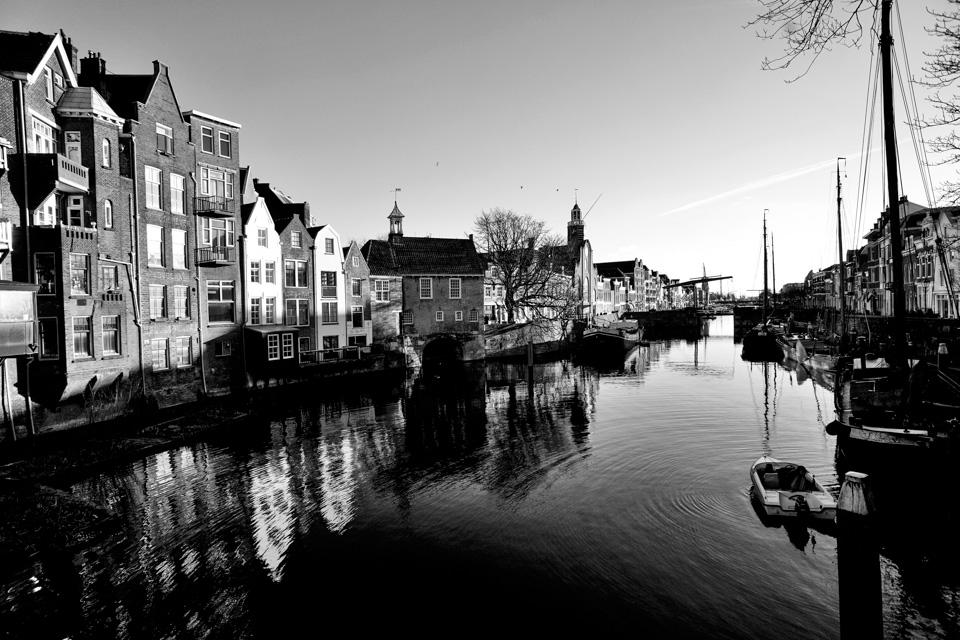 @ZW010 --4 Voorhaven Delfshaven Rotterdam zwart wit foto