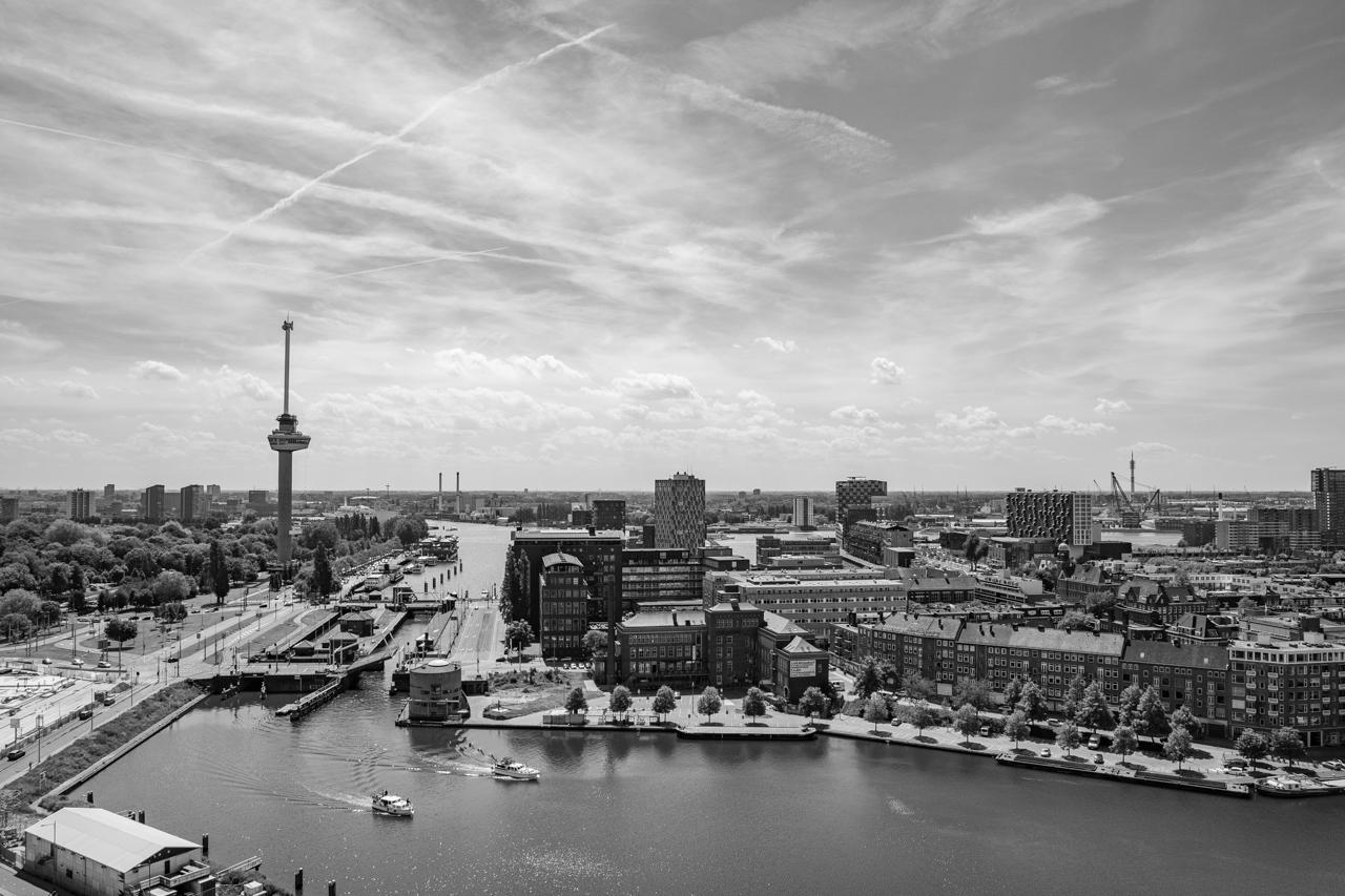 GEB- toren in Rotterdam | Zwart Wit foto